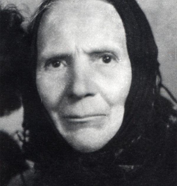 Елена Вапцарова – майката на Никола Вапцаров. Държател Институт за литература – БАН
