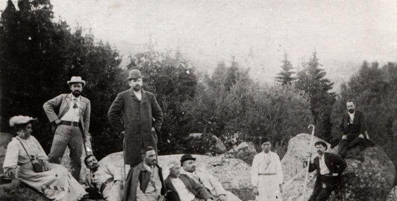 Първият излет на Алеко Константинов до Черни връх, с д-р Кръстев, съпругата му и други интелектуалци, август 1894 г. Държател Институт за литература – БАН