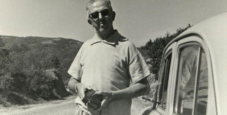 Димитър Димов пътува към Щъркелово гнездо, 1962 г. 2(4). Държател Национален литературен музей